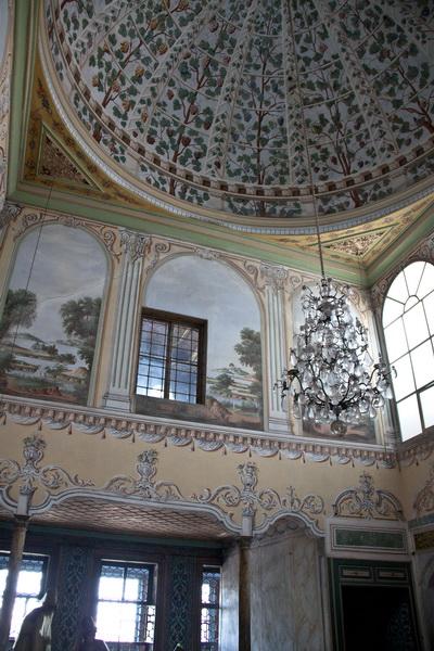 Стамбул, дворец Топкапы: расписные стены гарема