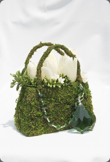 purse beautiful blooms