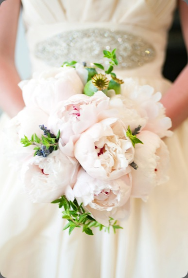 pink-peony-bouquet-modern-wedding-bouquet-unique-wedding-bouquet the ssweetest occasion