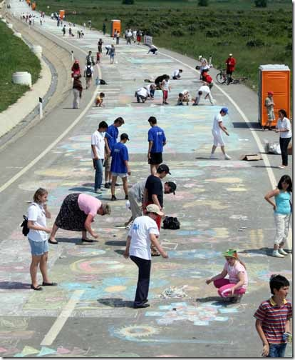 world's_largest_pavement_art