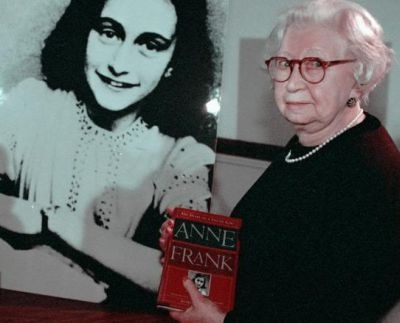 Anne_Frank's_Diary_Miep_Gies