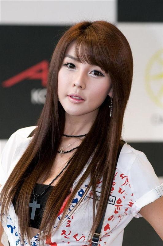 Lee Ji Woo (이지우) - Korea