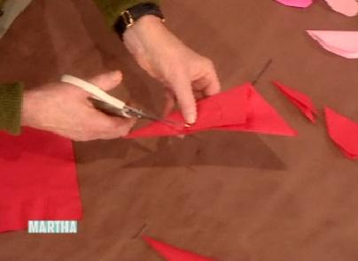 рамки - Всичко от хартия и картон - Page 4 Handmade-heart%20doilies%203