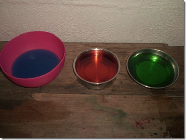 04 coloured solutions
