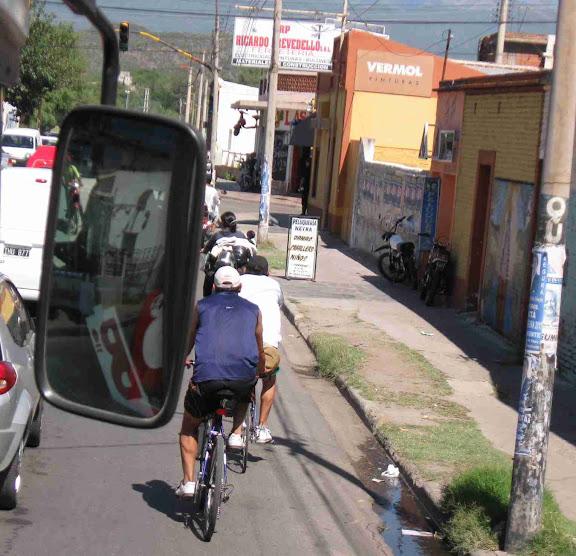 Crónicas Americanas de Ismael 2010-2011 01.peregrinos%20en%20bici