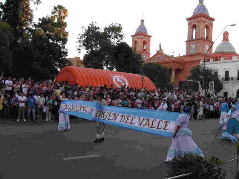 Crónicas Americanas de Ismael 2010-2011 09.procesion