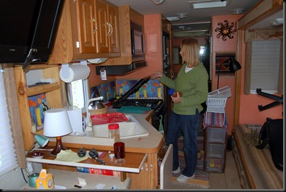 ORGANIZING THE MOTORHOME FOR THE TRIP