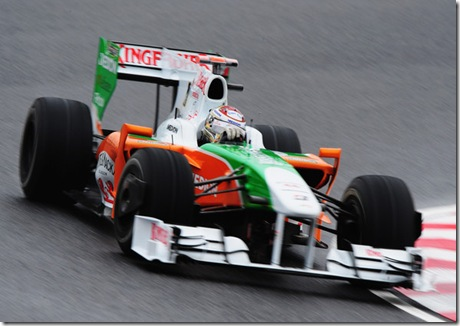 Adrian Sutil practices 2 Japan