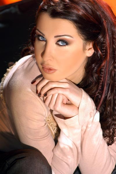 Traditional beautiful actress photos<br/>