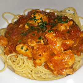 Chicken Bolognese by Linda Brueckmann - Food & Drink Eating