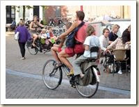 amsterdam_bicycle_many