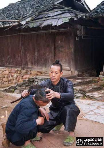 عکس: اصلاح موی سر با داس!