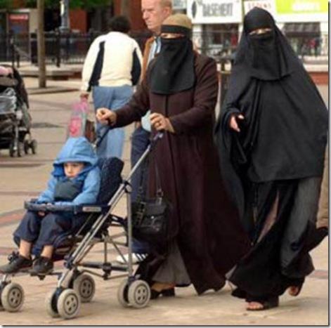 muslim-women-and-children1-300x2981