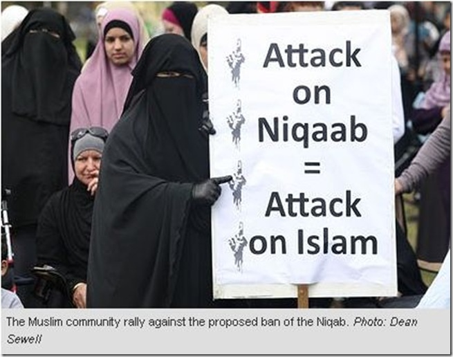 20 9 2010 It's un-Australian ... rally condemns push to ban burqa 2