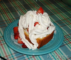 StrawberriesPoundcakeWhippedCream