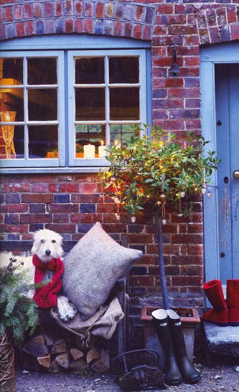Foto 4 Homes & Gardens December 2010