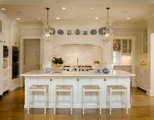 Belgian Pearls: Kitchen island lighting fixtures
