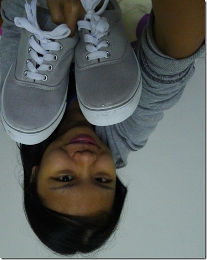 i heart my grey sneakers