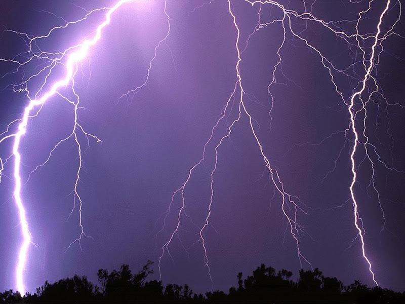 thunderstorm2.jpg