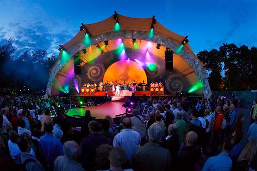 Live-optredens van Frans Bauer, Blues Brothers en 3 J's tijdens tweede Efteling Zomeravond