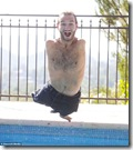 Nick Vujicic - Swimming 01