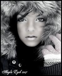 _Snow_Queen__by_Psychosomaticc