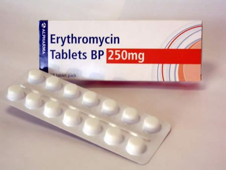 Is azithromycin like penicillin and alcohol