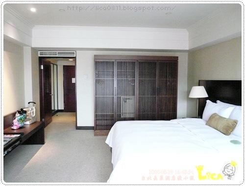 room-004