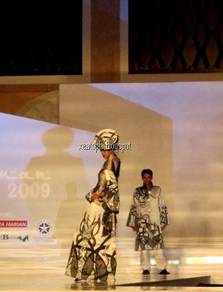 fashion show 050
