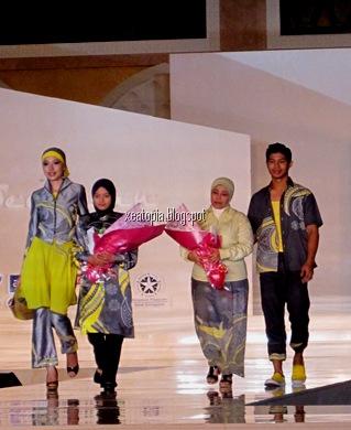 fashion show 057