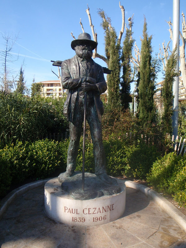 Paul Cezanne statue