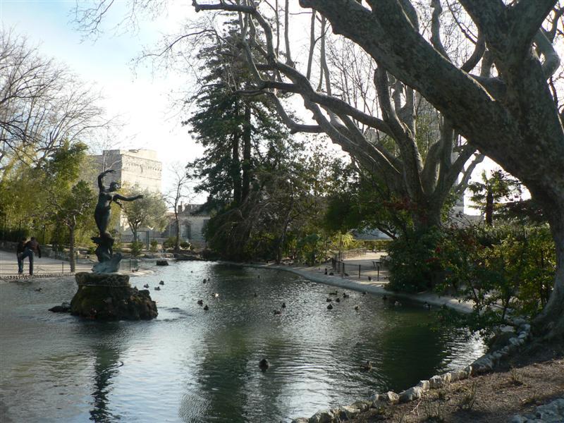 Park behind Palais des Papes