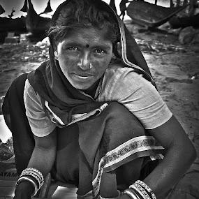by Javier De La Torre - People Portraits of Women ( woman, b&w, portrait, person )