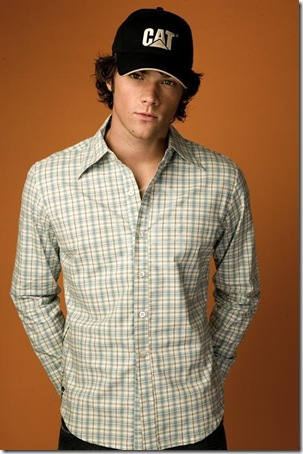 Jared-CAT-Photoshoot-jared-padalecki-1495121-504-758