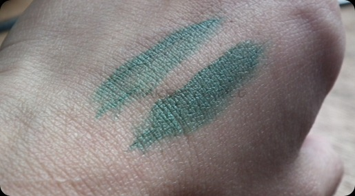 MAC COSMETICS MICKEY & CONTRACTOR FLUID LINER IN IVY SWATCHES