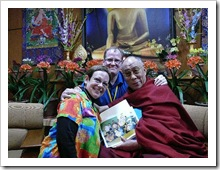 Adele Diamond, her husband, and Dalai Lama with kite picture