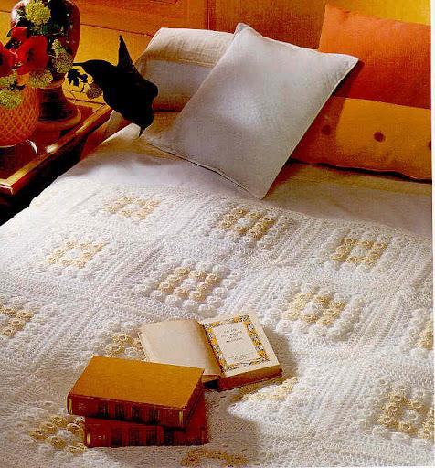 مفارش سرير بالكروشيه بالباترون مفرش سرير كروشية بالباترون مجموعة مفارش كروشي