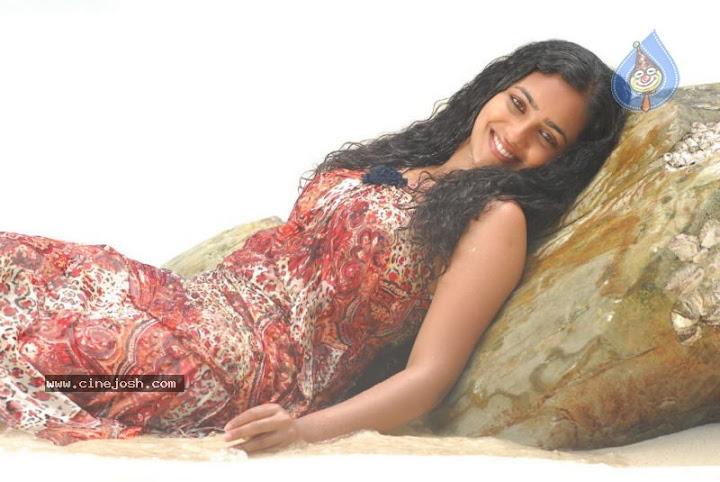 Nithya Menon Latest Hot Photos