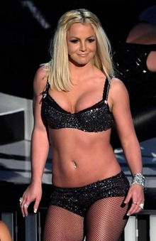 britney-spears-vma-4
