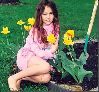 Miley_Cyrus_Childhood_26