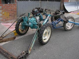 Un tractor MONSTER