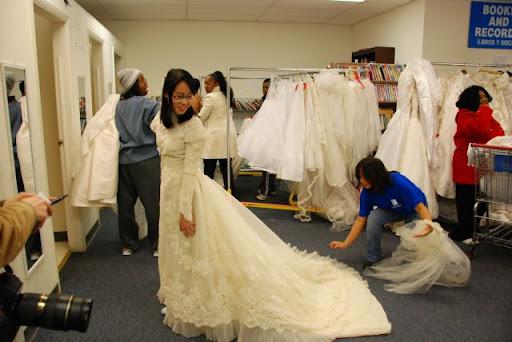 Yin Thinks: About Wedding Dresses