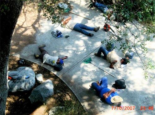 obreros descansando (4)