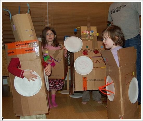 worst_robot_costumes_04
