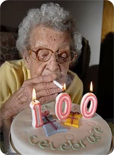 funny-birthday-grandmother-cigarett