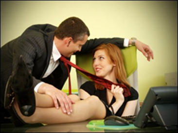 office-flirting-oto_03