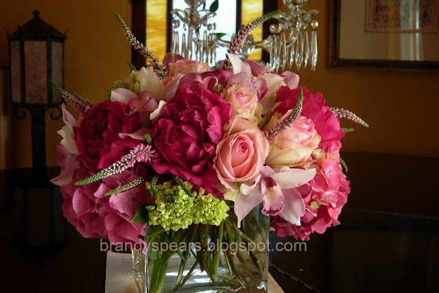 wedding flowers centerpiece in pink