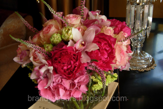 wedding centerpiece in pink with hydrangea orchids roses