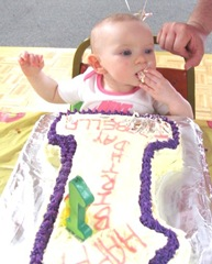 1st birthday Bella cake facegetting started17