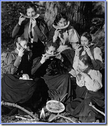 Watermelon_Women 1900 (Medium)